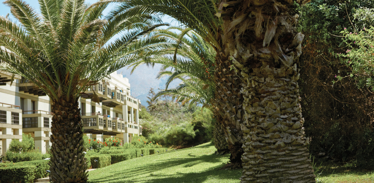 02-meli-palace-deluxe-guestroom-accommodation-in-crete-island