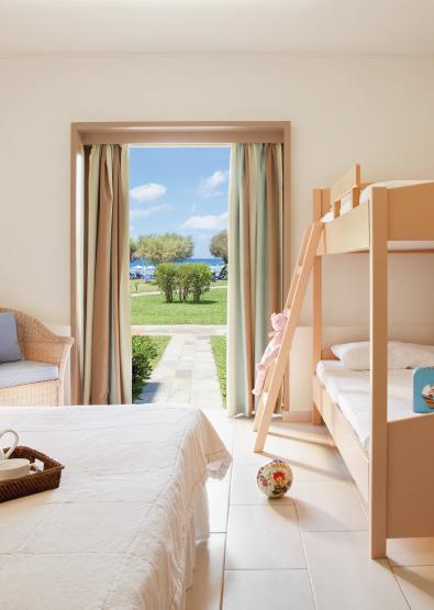 family-room-sea-view-meli-palace