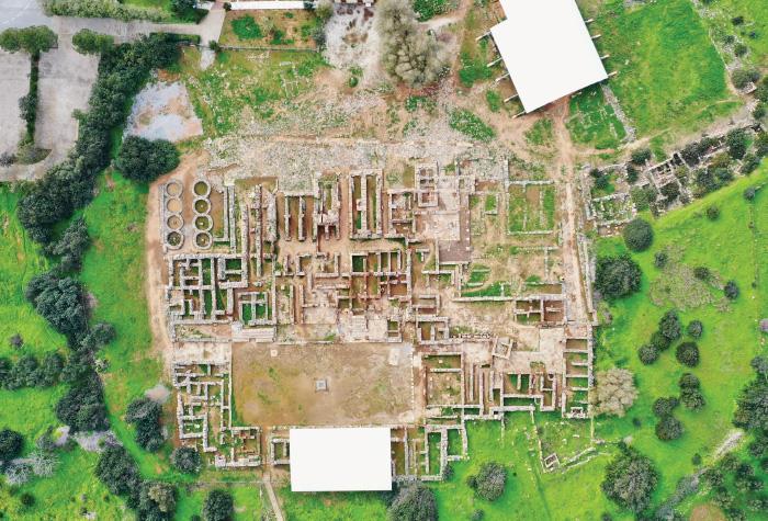 06-meli-palace-fun-around-in-ancient-crete