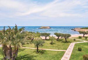 6-meli-palace-to-private-tiny-island-crete